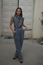 Kiara Advani snapped promoting M.S. Dhoni - The Untold Story on 13th Sept 2016 (139)_57d8fa05a7dac.JPG
