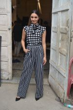 Kiara Advani snapped promoting M.S. Dhoni - The Untold Story on 13th Sept 2016 (126)_57d8f9fbe02c4.JPG