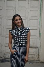 Kiara Advani snapped promoting M.S. Dhoni - The Untold Story on 13th Sept 2016 (141)_57d8fa07c7857.JPG