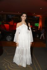 Sonam Kapoor at the Audio release of Mirzya on 13th Sept 2016 (73)_57d95052e41c1.JPG