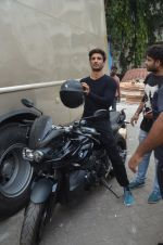Sushant Singh Rajput snapped promoting M.S. Dhoni - The Untold Story on 13th Sept 2016 (32)_57d8fa3ccae73.JPG