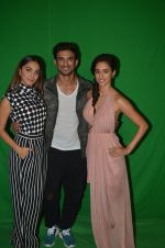 Sushant Singh Rajput, Kiara Advani, Disha Patani snapped promoting M.S. Dhoni - The Untold Story on 13th Sept 2016 (49)_57d8f99eb397b.JPG