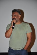Anubhav Sinha at the Audio release of Tum Bin 2 on 14th Sept 2016 (66)_57da443b3d4d3.JPG