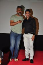 Bhushan Kumar, Anubhav Sinha at the Audio release of Tum Bin 2 on 14th Sept 2016 (114)_57da443fdaf99.JPG