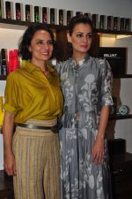 Dia Mirza, Adhuna Akhtar launches Bblunt in Malad on 14th Sept 2016 (45)_57da409e6cd40.JPG