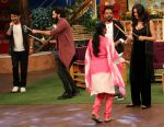 Riteish Deshmukh, Nargis Fakhri and Dharmesh Yelande on the sets of The Kapil Sharma Show on 15th Sept 2016 (6)_57db939d7dfaf.jpg