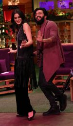Riteish Deshmukh, Nargis Fakhri on the sets of The Kapil Sharma Show on 15th Sept 2016 (12)_57db93a54b256.jpg