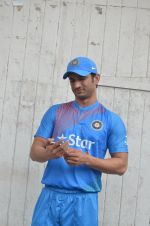 Sushant Singh Rajput snapped at the promotion of film M S Dhoni on 14th Sept 2016 (14)_57db8fcec960b.JPG