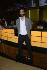 Angad Bedi at Pink success meet on 19th Sept 2016 (53)_57e01aff1fe1e.JPG