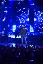 Farhan Akhtar at Rock on 2 concert on 17th Sept 2016 (34)_57e018fc5d518.JPG