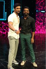 Sushant Singh Rajput & Remo D_souza on the sets of Dance Plus season (3)_57e010b2d73db.jpg