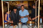 Manoj Bajpayee,Aditi Sharma, Kay Kay Menon at Saat Uchakkey film launch on 19th Sept 2016 (113)_57e0dee2a3a24.JPG