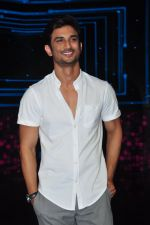 Sushant Singh Rajput on the sets of Dance plus on 19th Sept 2016 (15)_57e0d7a346579.JPG