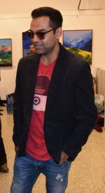 Abhay Deol at Manjula Chaturvedi art exhibition on 20th Sept 2016 (20)_57e22d3da3f72.JPG