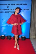 Jacqueline Fernandez at the launch of Sajid Nadiadwala_s france honours on 20th Sept 2016 (115)_57e237f37094e.JPG