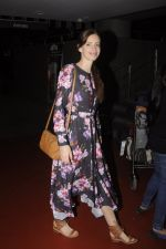 Kalki Koechlin snapped at airport on 20th Sept 2016 (15)_57e234b693e5c.JPG