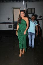 Neha Dhupia snapped at Mehboob studio for an ad shoot on 19th Sept 2016 (5)_57e22dc93d2f1.JPG