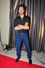 Tiger Shroff at the launch of Sajid Nadiadwala_s France Honours on 20th Sept 2016 (32)_57e2383d87497.JPG