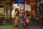 Anna Hazare on the sets of The Kapil Sharma Show (81)_57e9503edced7.JPG