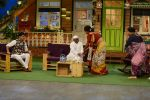Anna Hazare on the sets of The Kapil Sharma Show (82)_57e9504027da6.JPG
