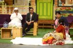 Anna Hazare on the sets of The Kapil Sharma Show (85)_57e950439cb83.JPG