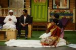 Anna Hazare on the sets of The Kapil Sharma Show (92)_57e9504acbcc2.JPG