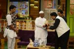 Anna Hazare on the sets of The Kapil Sharma Show (94)_57e9504c5a4e3.JPG
