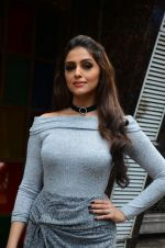 Aarti Chabbria at Mumbai Varanasi Express trailer launch (3)_57ea99ebbd7af.jpg