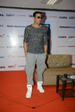 Akshay Kumar at HT GIFA Football event on 24th Sept 2016 (5)_57eab15ca4926.jpg