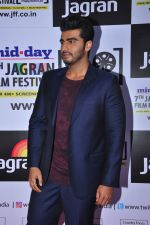 Arjun Kapoor at the Jagran Festival_s inaugural night on 26th Sept 2016 (12)_57eaa0cf2965e.JPG