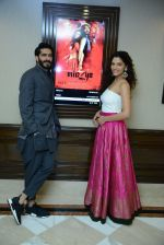 Harshvardhan Kapoor, Saiyami Kher at Mirzya press conference in delhi on n26th Sept 2016 (104)_57ea9bada59a5.jpg