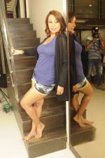 Kashmira Shah photo shoot at Bhupi studio for her new movie she has directed _Come back to me_on 25th Sept 2016 (33)_57eaa74137bf0.JPG