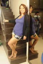Kashmira Shah photo shoot at Bhupi studio for her new movie she has directed _Come back to me_on 25th Sept 2016 (30)_57eaa73ee8bdc.JPG