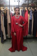 Radhika Apte unveil Festive Edit of new Luxury Pret label AMOH by Designers Monica & Karishma of JADE on 26th Sept 2016 (16)_57eaa7f2bb1e1.JPG