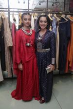 Radhika Apte, Sayani Gupta unveil Festive Edit of new Luxury Pret label AMOH by Designers Monica & Karishma of JADE on 26th Sept 2016 (15)_57eaa7a970449.JPG