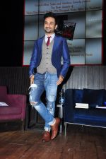 Vir Das launch Trisha Das new book Mrs Draupadi Kuru on 24th Sept 2016 (59)_57eab51595676.JPG
