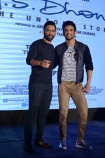 Mahendra Singh Dhoni, Sushant Singh Rajput at MS Dhoni press meet in Delhi on 27th Sept 2016 (44)_57ec04617631e.jpg