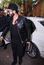Ranveer Singh inaugurates D Shave salon by his personal hair stylist on 27th Sept 2016 (62)_57ebf6ad325a2.JPG