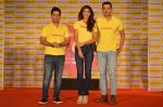 Shilpa Shetty, Kunal Kapur, Cyrus Sahukar during the World Heart Day program organized by Saffola Life in Mumbai on 28th Sept 2016 (58)_57ec03813c41b.JPG