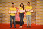 Shilpa Shetty, Kunal Kapur, Cyrus Sahukar during the World Heart Day program organized by Saffola Life in Mumbai on 28th Sept 2016 (62)_57ec03830f988.JPG