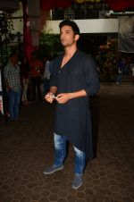 Sushant Singh Rajput at the opening ceremony of Rang Parwaaz Mahotsav by Nadira Babbar (78)_57ebf5aa1d41b.JPG