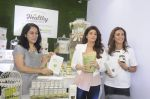 Twinkle Khanna during the launch of Godrej Nature_s Basket Healthy Alternatives products in Mumbai on 27th Sept 2016 (29)_57ec01a8b0964.JPG