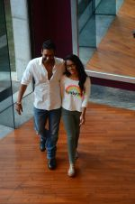 Ajay Devgan at smile foundation event with daughter Nysa on 28th Sept 2016 (15)_57ecb392f1d3a.JPG