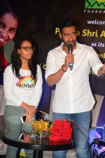 Ajay Devgan at smile foundation event with daughter Nysa on 28th Sept 2016 (34)_57ecb3a134a4a.JPG