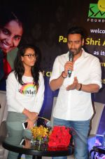 Ajay Devgan at smile foundation event with daughter Nysa on 28th Sept 2016 (35)_57ecb3a1e7230.JPG