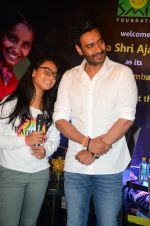 Ajay Devgan at smile foundation event with daughter Nysa on 28th Sept 2016 (61)_57ecb3b3bbcca.JPG