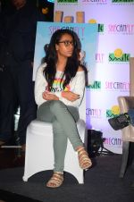 Ajay Devgan at smile foundation event with daughter Nysa on 28th Sept 2016 (81)_57ecb3c371d31.JPG