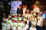 Ajay Devgan at smile foundation event with daughter Nysa on 28th Sept 2016 (82)_57ecb3c41a9e3.JPG