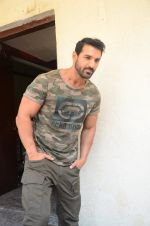 John Abraham at Force 2 trailer launch in Mumbai on 29th Sept 2016 (224)_57ed256f5c9e3.JPG