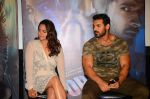 John Abraham, Sonakshi Sinha at Force 2 trailer launch in Mumbai on 29th Sept 2016 (222)_57ed25c519573.JPG